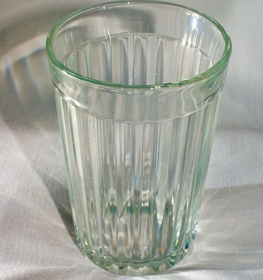 День граненого стакана (11 сентября)